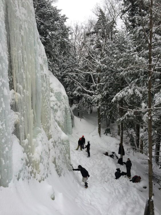 esscalade de glace grimpeurs