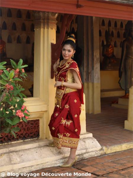 laos costume traditionnel
