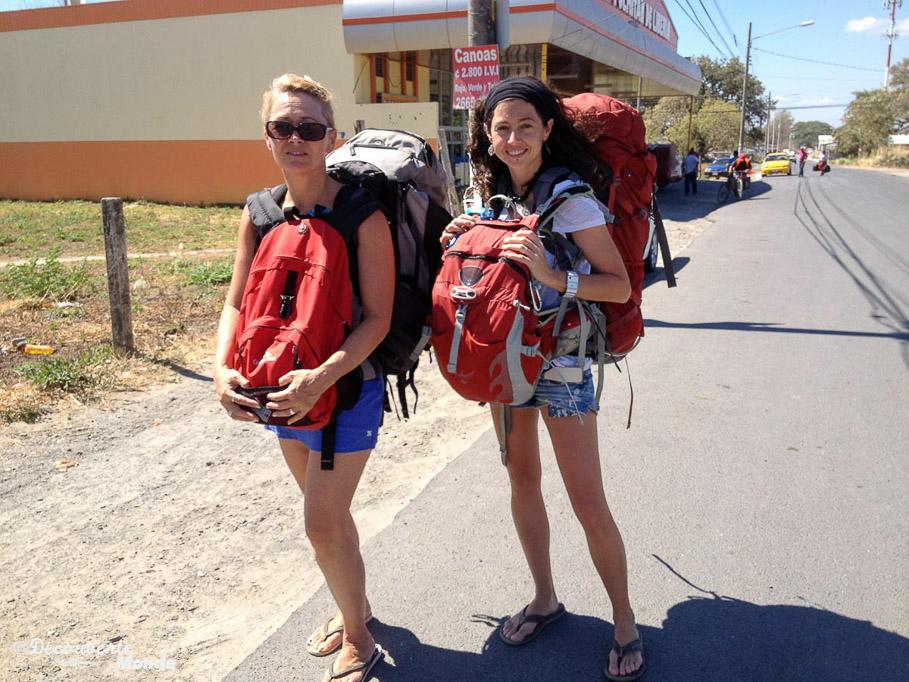 voyage sac à dos mère