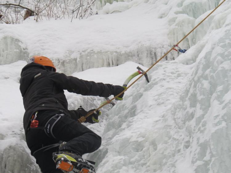 en action escalade de glace