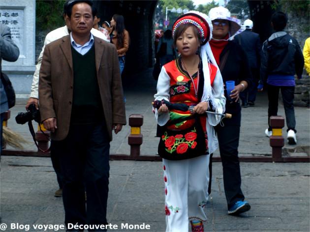bai costumes traditionnels