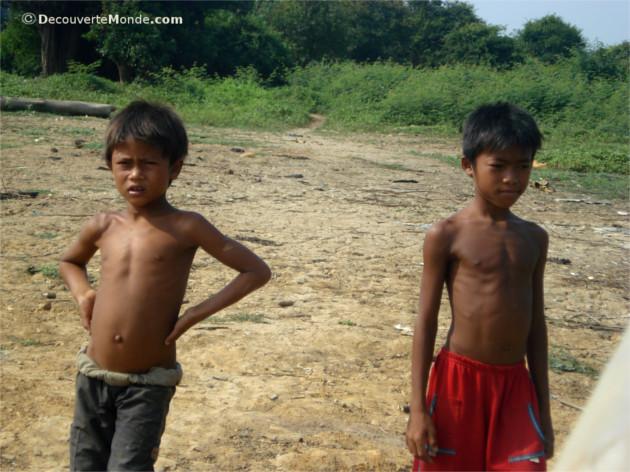 gamins cambodge