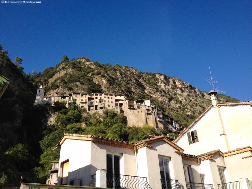 village alpes maritimes