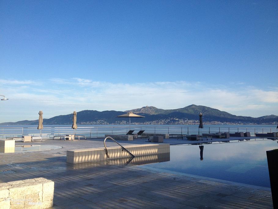 La piscine de l'hôtel Sofitel