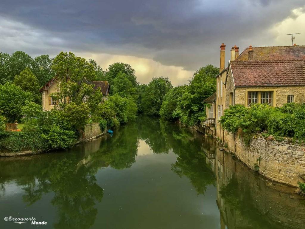 noyers-sur-serein bourgogne