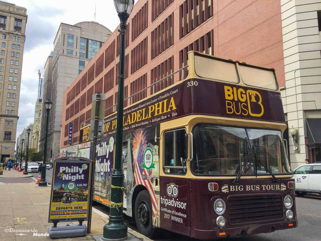 Que faire à Philadelphie et visiter en 10 coups de coeur. Ici le BigBus pour visiter la ville. Retrouvez l'article ici: https://www.decouvertemonde.com/quoi-faire-a-philadelphie-visiter
