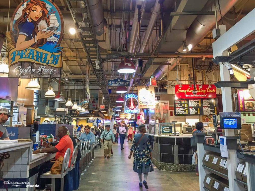 Que faire à Philadelphie et visiter en 10 coups de coeur. Ici au Reading terminal market. Retrouvez l'article ici: https://www.decouvertemonde.com/quoi-faire-a-philadelphie-visiter