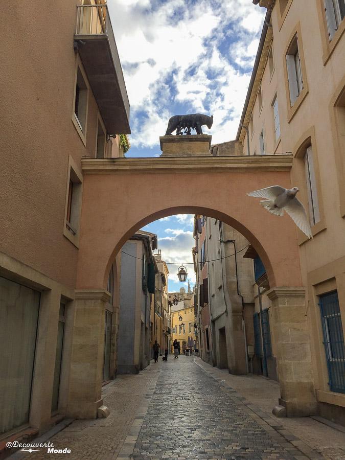 Visiter l'Aude pays Cathare en 7 idées de choses à faire. Ici dans le centre historique de Narbonne. Retrouvez l'article ici: https://www.decouvertemonde.com/visiter-l-aude-pays-cathare