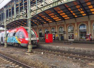 Visiter l'Aude pays Cathare en 7 idées de choses à faire. Ici en train vers Narbonne. Retrouvez l'article ici: https://www.decouvertemonde.com/visiter-l-aude-pays-cathare