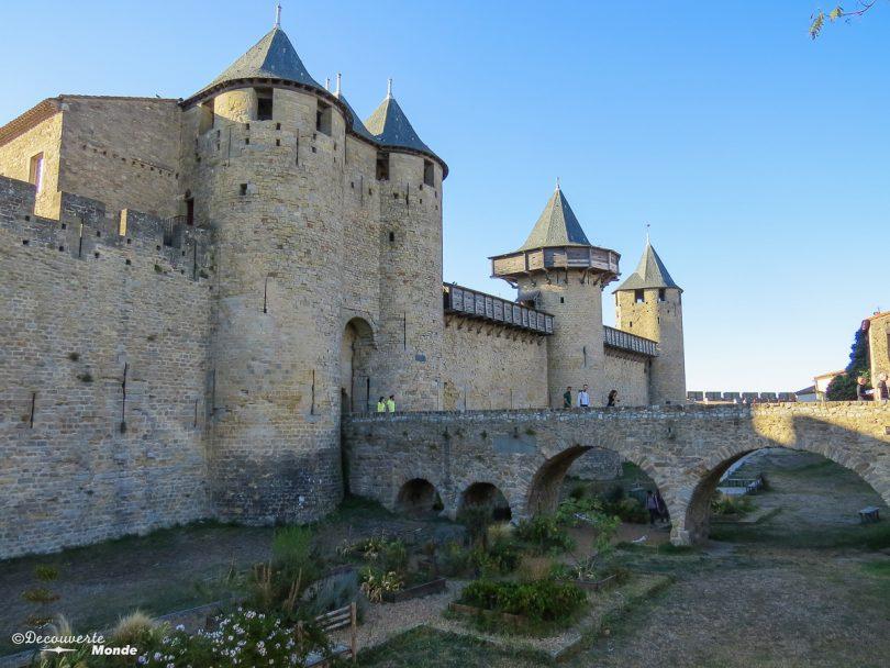 Visiter l'Aude pays Cathare en 7 idées de choses à faire. Ici à la cité de Carcassonne. Retrouvez l'article ici: https://www.decouvertemonde.com/visiter-l-aude-pays-cathare