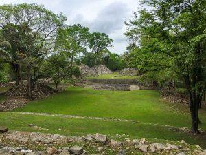 ruines mayas belize
