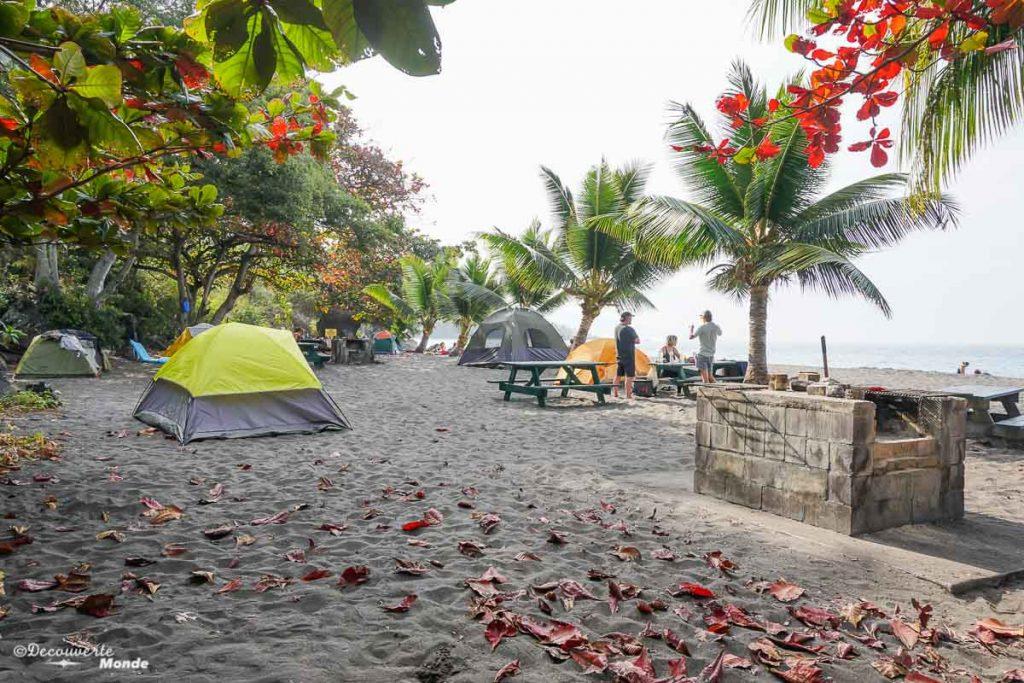 Big Island : Mon voyage de 10 jours sur la plus grande des îles d'Hawaii. Ici en camping à la plage Ho'okona. Retrouvez l'article ici: https://www.decouvertemonde.com/big-island-voyage-iles-hawaii