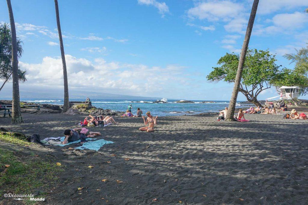Big Island : Mon voyage de 10 jours sur la plus grande des îles d'Hawaii. Ici à la plage Richardson's de Hilo. Retrouvez l'article ici: https://www.decouvertemonde.com/big-island-voyage-iles-hawaii