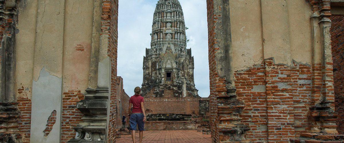 Le Wat Ratchaburana, un temple à visiter à Ayutthaya en Thaïlande. Photo tirée de mon article Ayutthaya en Thaïlande : 6 principaux temples d'Ayutthaya à voir et visiter. #ayutthaya #unesco #thailande #asie #asiedusudest #ruine #bouddhisme