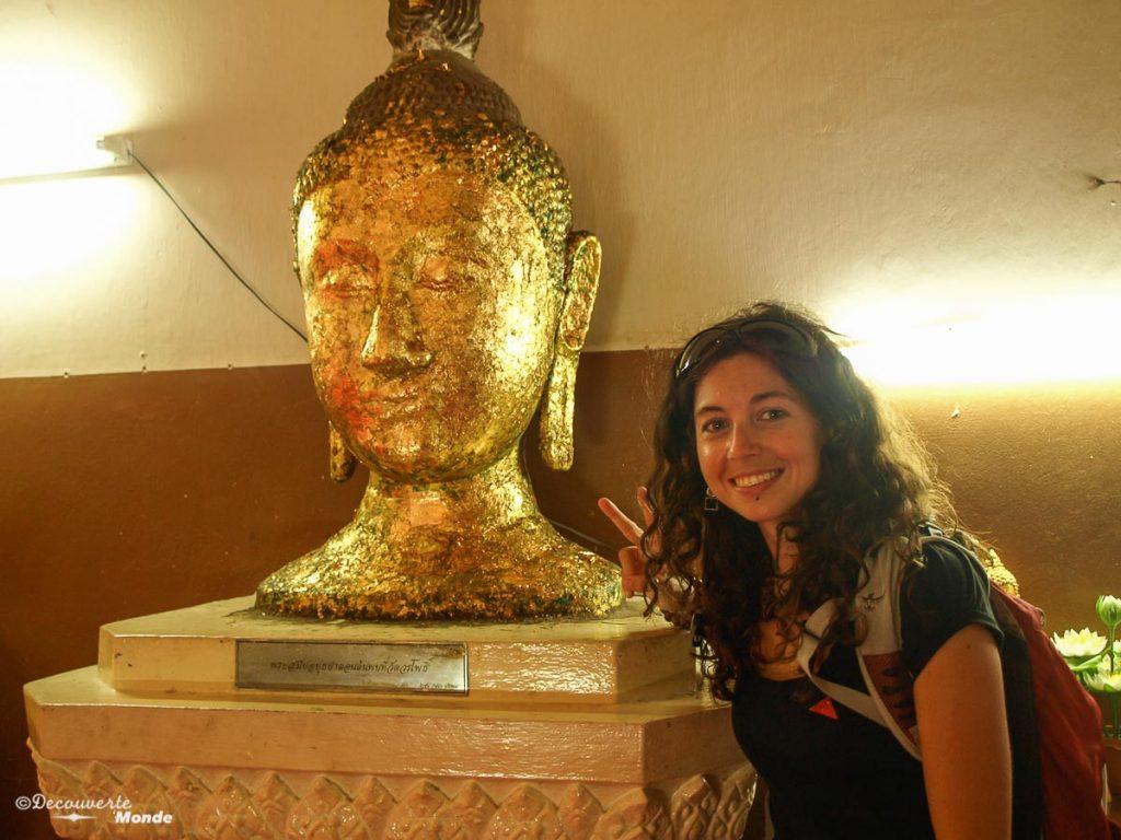 Photo tirée de mon article Ayutthaya en Thaïlande : 6 principaux temples d'Ayutthaya à voir et visiter. #ayutthaya #unesco #thailande #asie #asiedusudest #voyage #ruine #bouddhisme