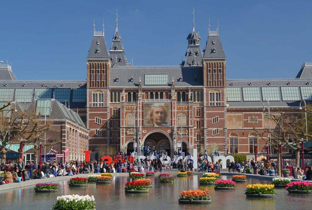 Tournée des musées dans les choses à faire Amsterdam. Photo tirée de mon article Visiter Amsterdam : Que faire et voir dans cette ville le temps d'un week-end. #amsterdam #paysbas #europe #voyage #musée #citytrip