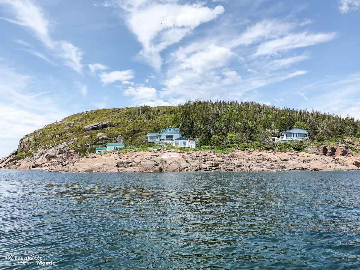 L'île Manowin à Sept-îles. Photo tirée de mon article Quoi faire à Sept-Îles au Québec : Voyage et tourisme sur la Côte-Nord. #septiles #cotenord #quebec #voyage #quebecoriginal #explorecanada #canada