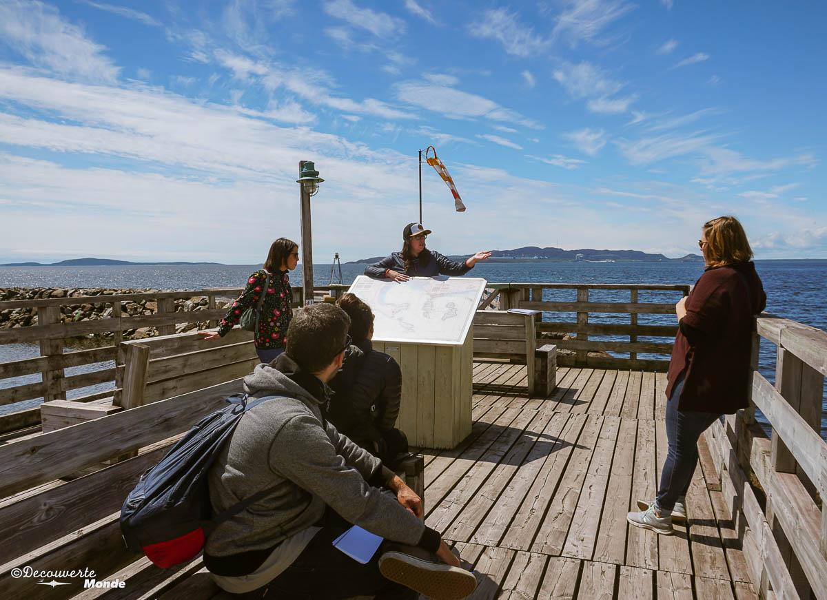 Visite guidée sur l'histoire de Sept-îles. Photo tirée de mon article Quoi faire à Sept-Îles au Québec : Voyage et tourisme sur la Côte-Nord. #septiles #cotenord #quebec #voyage #quebecoriginal #explorecanada #canada