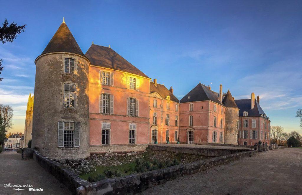 Le château de Meung-sur-Loire en France. Photo tirée de mon article Châteaux de France : Mes découvertes au fil de mes voyages. #france #europe #voyage #chateau #meung-sur-loire