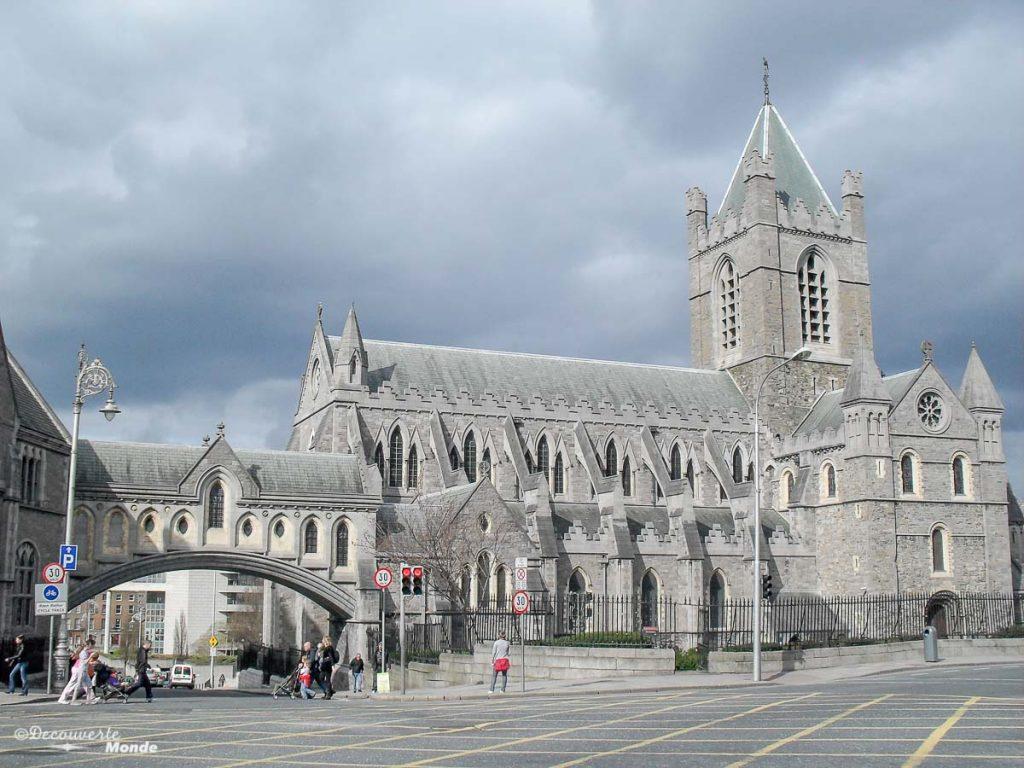La cathédrale Christ Church à Dublin. Photo tirée de mon article Visiter Dublin en Irlande : Que voir et faire le temps d'un weekend. #irlande #dublin #europe #voyage #cathedrale