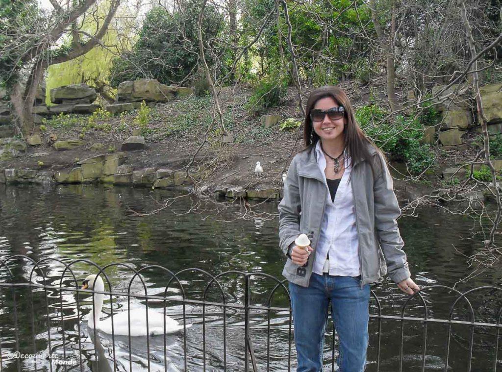 Dans le parc St. Stephen's Green à Dublin. Photo tirée de mon article Visiter Dublin en Irlande : Que voir et faire le temps d'un weekend. #irlande #dublin #europe #voyage