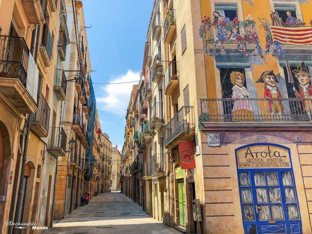 Rues de la vieille ville de Tarragone dans mon article Visiter la Catalogne en Espagne : Que voir et que faire en 8 lieux à visiter #espagne #catalogne #europe #voyage #tarragone #costadorada