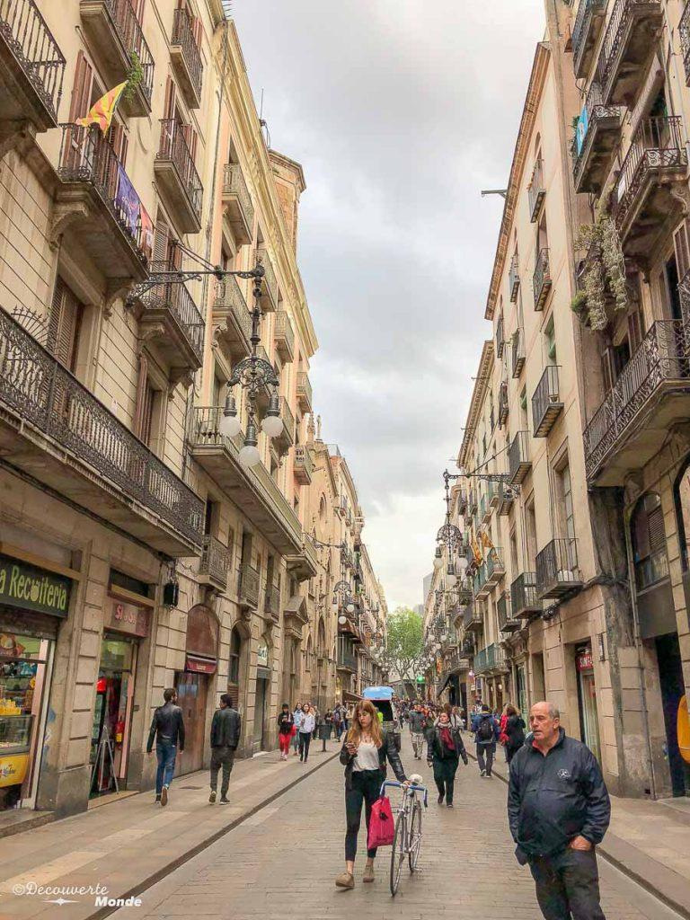 Dans le quartier gothique de Barcelone dans mon article Visiter la Catalogne en Espagne : Que voir et que faire en 8 lieux à visiter #espagne #catalogne #europe #barcelone #voyage