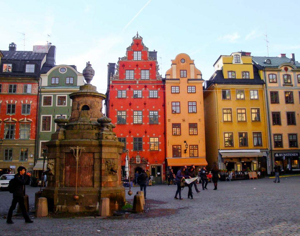 Dans Gamla Stan, la vieille ville de Stockholm dans mon article Visiter Stockholm : Que faire à Stockholm en 10 coups de coeur #suede #stockholm #europe #voyage #scandinavie #citytrip