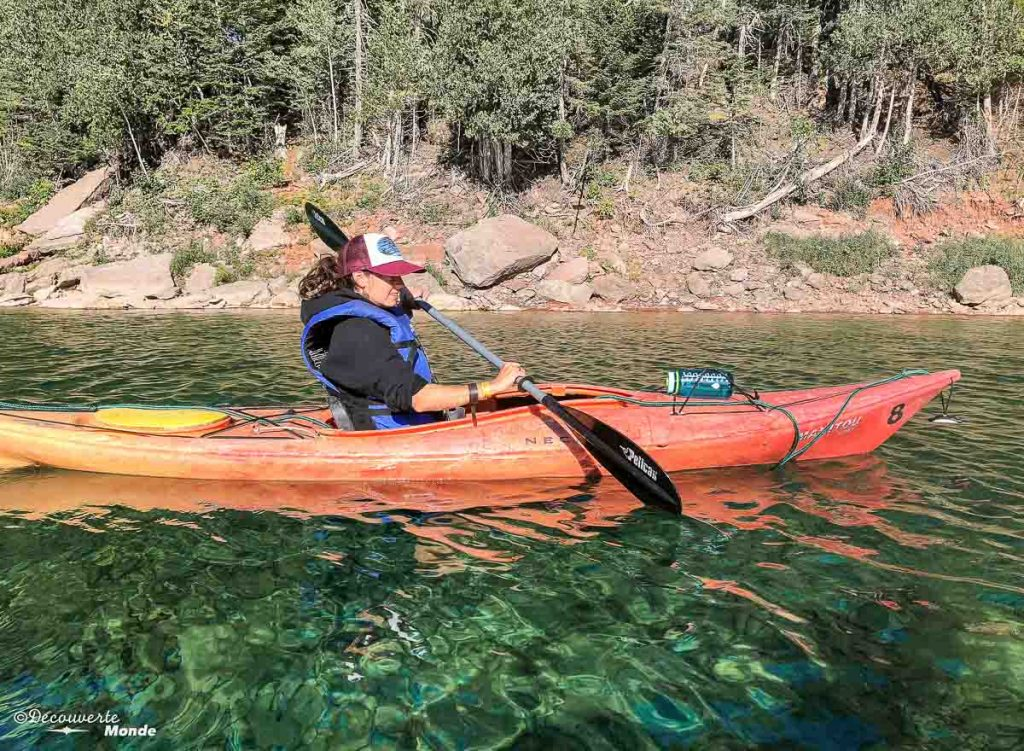 La rivière Bonaventure en kayak dans mon article Gaspésie en 10 jours : Itinéraire de mon tour de la Gaspésie en road trip #gaspesie #quebec #canada #voyage #quebecoriginal #explorecanada #riviere #bonaventure