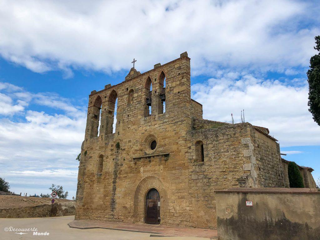 L'église de Peratallada dans mon article Visiter la Costa Brava en Espagne : Que faire en 7 lieux à visiter #costabrava #espagne #catalogne #europe #voyage #peratallada #villagemedieval