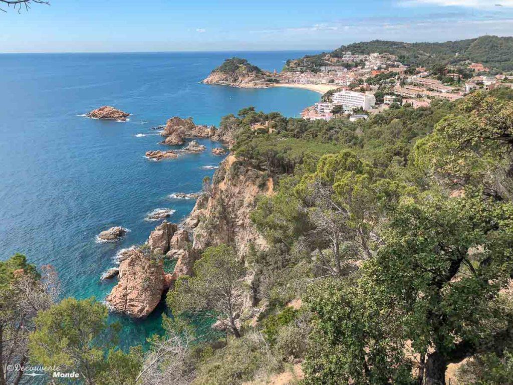 Point de vue sur Tossa de Mar sur la côte de la Costa Brava dans mon article Visiter la Costa Brava en Espagne : Que faire en 7 lieux à visiter #costabrava #espagne #catalogne #europe #voyage #tossademar