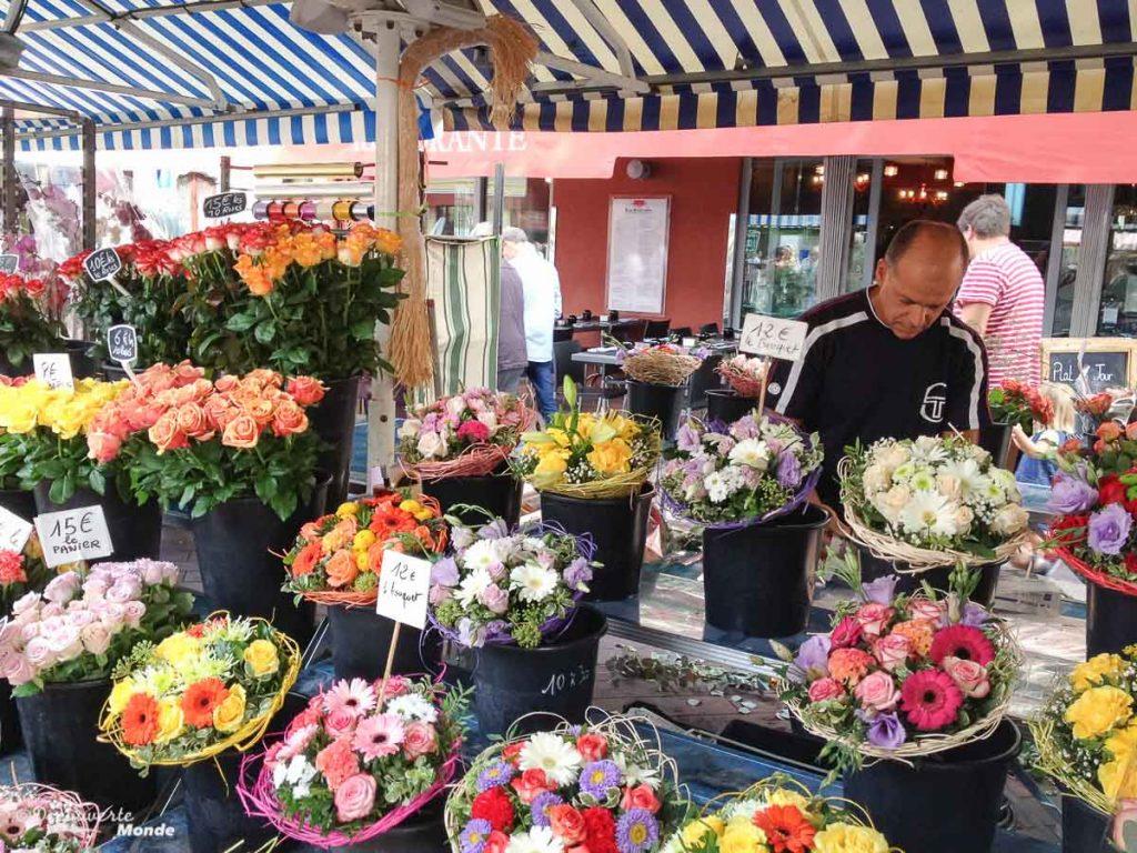 Le marché aux fleurs dans mon article Visiter Nice sur la côte d'Azur: Que faire et que voir en une journée #nice #cotedazur #france #europe #voyage #mer #mediterranee #marche