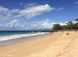 Plage de Little Beach à Maui dans mon article Maui à Hawaii : Que faire en 10 jours de road trip sur l'île de Maui #maui #hawaii #hawai #etatsunis #usa #voyage #plage
