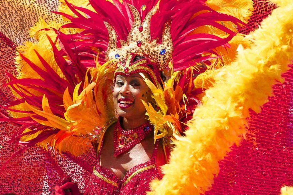Au Carnaval en Guadeloupe dans mon article Quand partir en Guadeloupe selon le climat, les fêtes et le coût du voyage #guadeloupe #antilles #caraibes #ile #voyage #carnaval #meteo