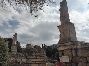 Visite de l'Agora antique à Athènes dans mon article Visiter Athènes en Grèce : Que faire et voir le temps d'un week-end #athenes #athens #voyage #grece #histoire #greceantique #antiquite #patrimoine #unesco #agora #agoraantique