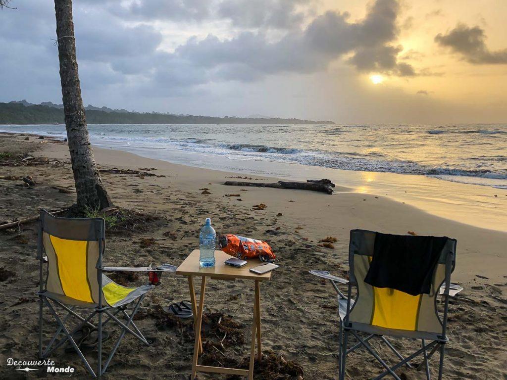 Coucher de soleil au Costa Rica dans mon article Campervan au Costa Rica : Mes conseils pour un road trip au Costa Rica #costarica #voyage #campervan #van #vanlife #roadtrip