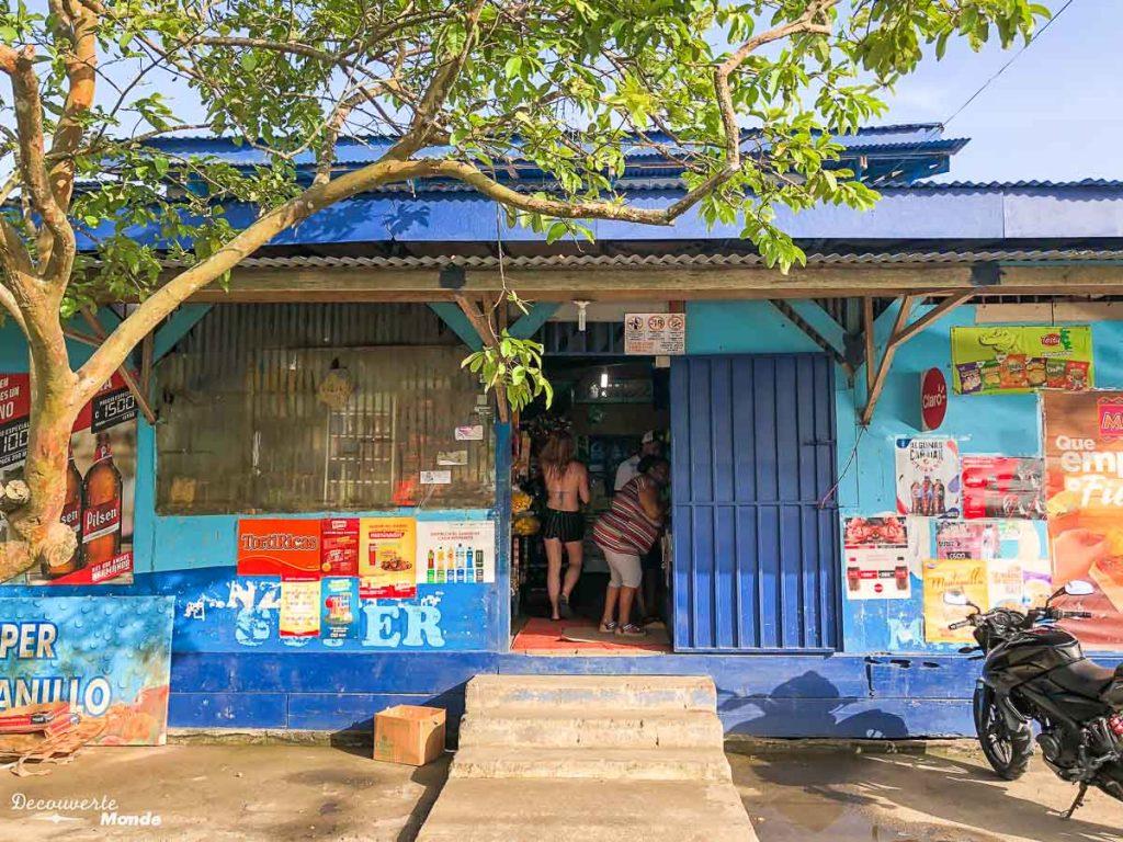 Faire ses courses au Costa Rica dans mon article Campervan au Costa Rica : Mes conseils pour un road trip au Costa Rica #costarica #voyage #campervan #van #vanlife #roadtrip