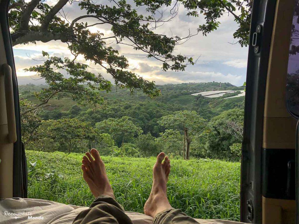 Vanlife au Costa Rica dans mon article Campervan au Costa Rica : Mes conseils pour un road trip au Costa Rica #costarica #voyage #campervan #van #vanlife #roadtrip