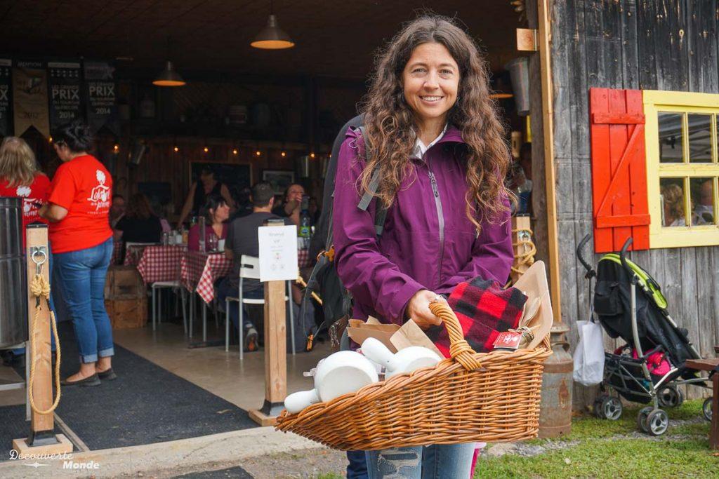 Pique-nique gourmand chez Labonté de la pomme dans mon article Sur la Route gourmande des Laurentides avec la Navette Nature #laurentides #quebec #navettenature #routegourmande #agrotourisme #verger #vignoble