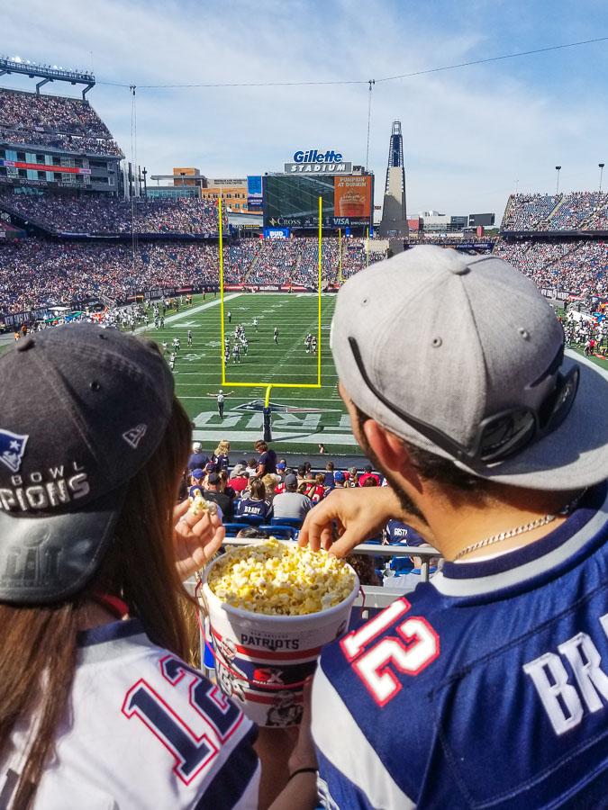 Assister à un match à Boston de football des Patriots dans mon article Bons plans pour assister à un match à Boston, ville d'amateurs de sports #sport #boston #match #game #baseball #football #voyage