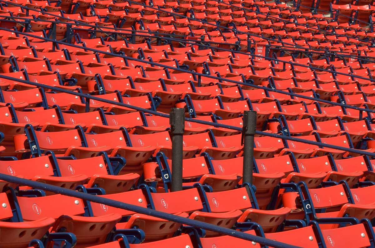Réservation d'un siège pour écouter un match à Boston de football dans mon article Bons plans pour assister à un match à Boston, ville d'amateurs de sports #sport #boston #match #game #baseball #football #voyage