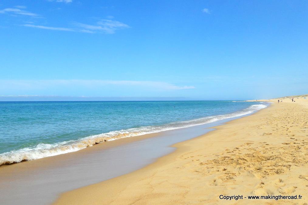 Surf à Messanges dans les Landes en Nouvelle-Aquitaine dans mon article Région de Nouvelle-Aquitaine en France en 12 incontournables à visiter #nouvelle-aquitaine #france #europe #voyage