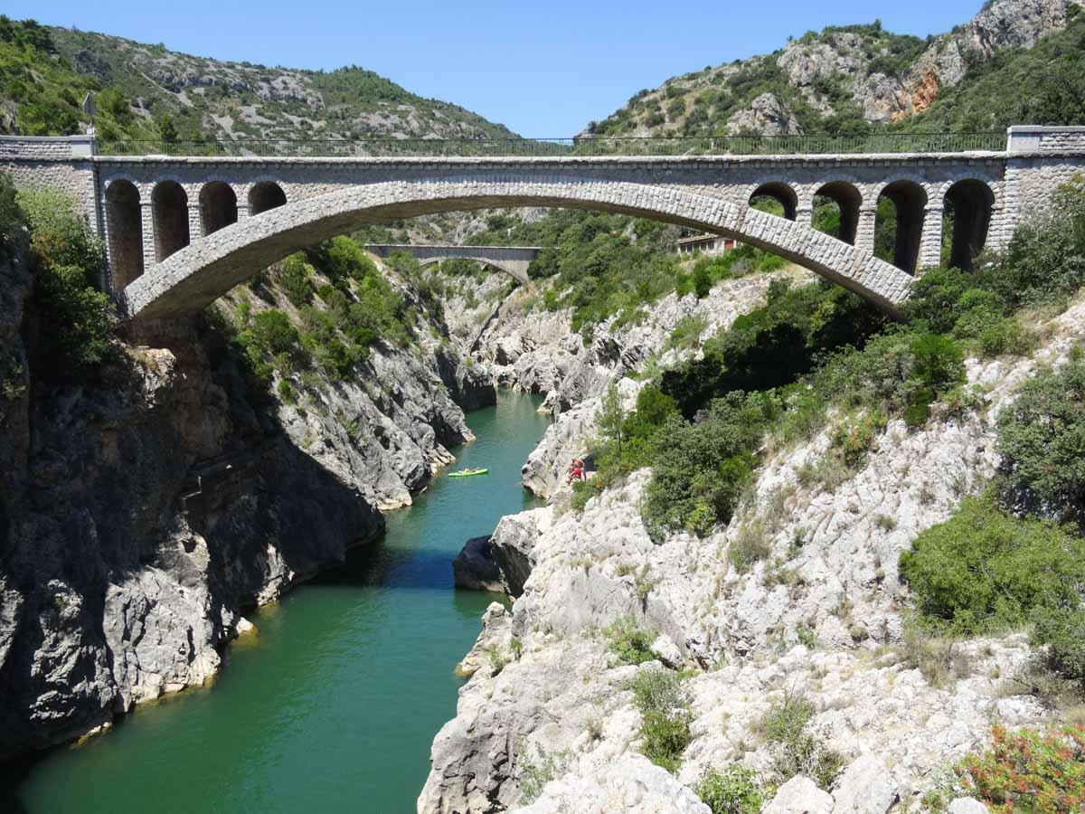 Gorges Hérault en région Occitanie dans mon article La région Occitanie en France en 12 incontournables à visiter #occitanie #france #europe #voyage