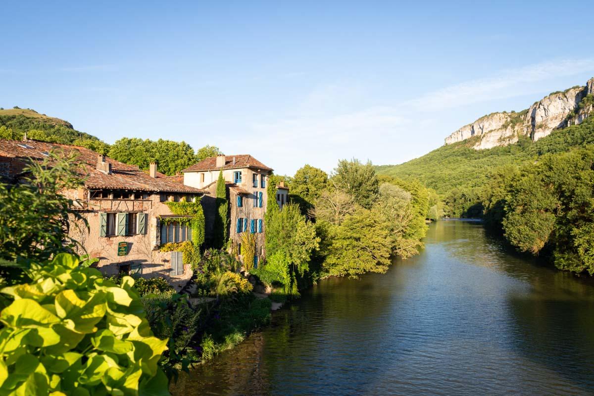 Saint-Antonin-Noble-Val dans les Gorges d'Aveyron en Occitanie dans mon article La région Occitanie en France en 12 incontournables à visiter #occitanie #france #europe #voyage