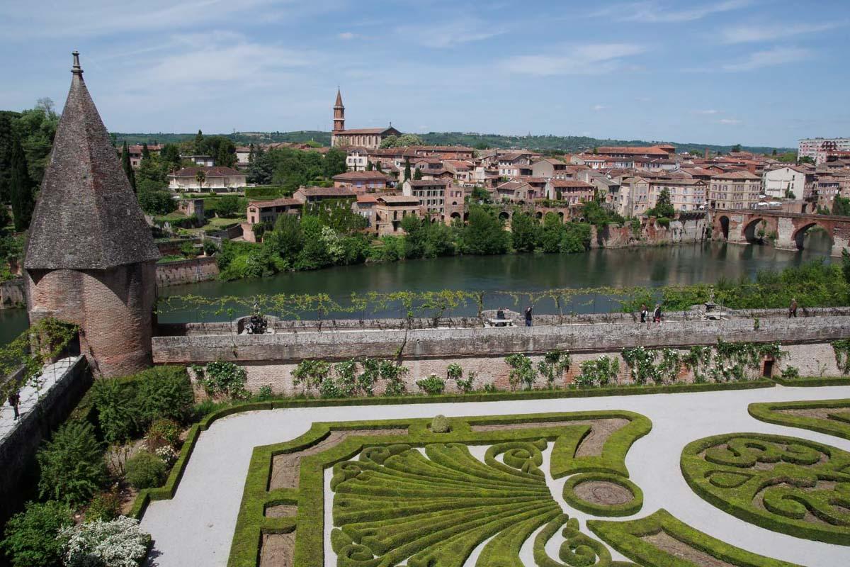Ville d'Albi en région Occitanie dans mon article La région Occitanie en France en 12 incontournables à visiter #occitanie #france #europe #voyage