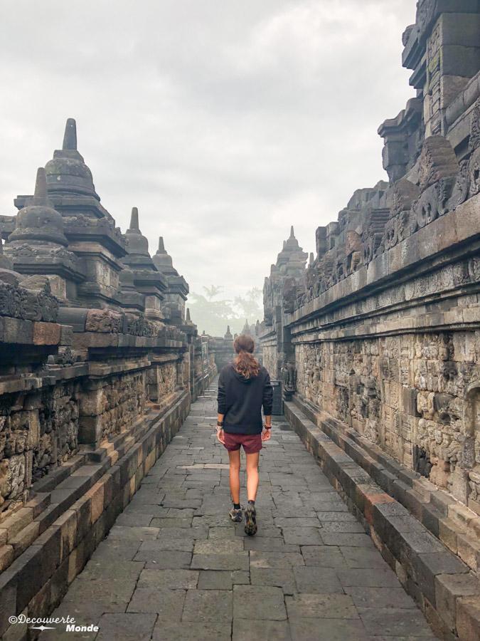 Temple de Borobudur dans mon article Que faire à Java, voir et visiter : Mes 10 incontournables #java #indonesie #voyage #asiedusudest #asie #borobudur #temple
