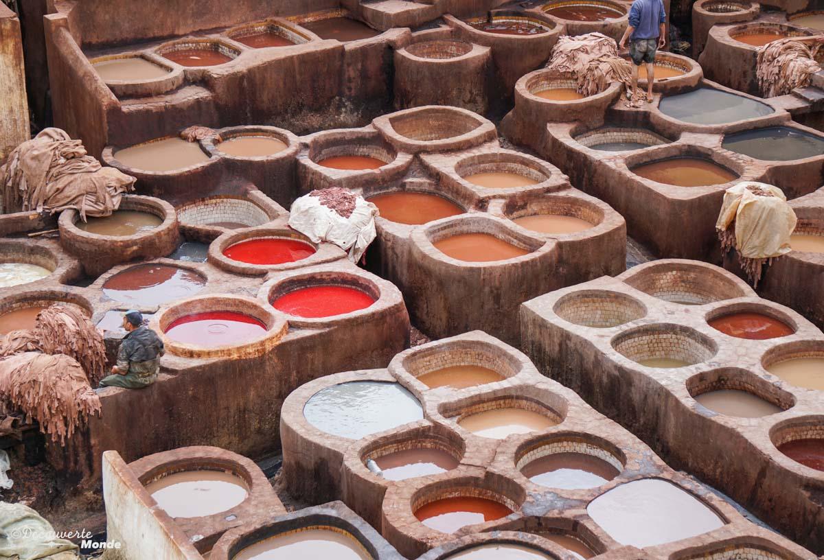 Bassins de la tannerie Chouara à Fès dans notre article Visiter Fès au Maroc : Découverte de sa vieille-ville, la Médina de Fès #fes #maroc #medina #voyage #maghreb #unesco